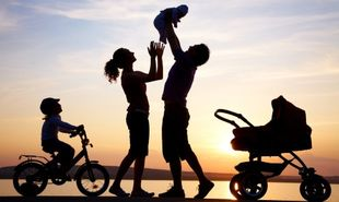 Οικογενειακό επίδομα ΟΓΑ: Ξεκίνησε η καταβολή - Ποιους αφορά