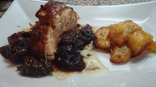«Χοιρινό με αποξηραμένα δαμάσκηνα και βερίκοκα! Η συνταγή μου για το Χριστουγεννιάτικο τραπέζι!»