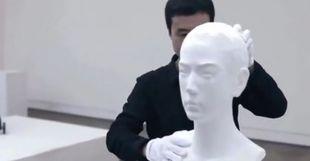 Ένας απίθανος καλλιτέχνης! Δε θα πιστέψετε με τι υλικό δημιουργεί τα γλυπτά του! (βίντεο-φωτογραφίες)