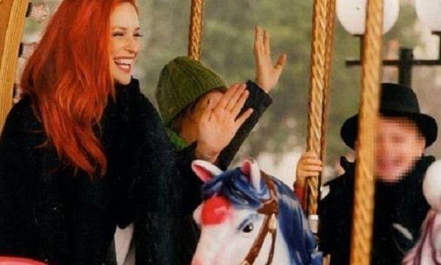 Η Σίσσυ Χρηστίδου και η χριστουγεννιάτικη βόλτα με το γιο της! (εικόνες)
