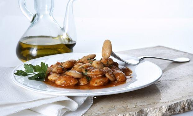 Συνταγή για νόστιμους γίγαντες με μπέικον και πιπεριές Φλωρίνης
