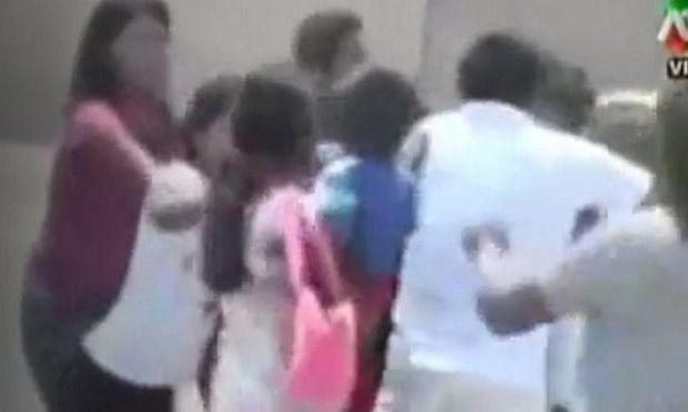 Μάνα και κόρες πιάστηκαν μαλλί με μαλλί γιατί είχαν τον ίδιον εραστή! (βίντεο)