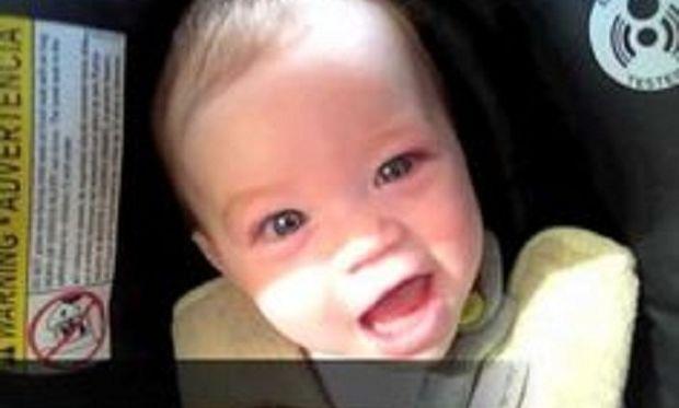 Οταν το τραγούδι του μπαμπά κάνει ένα όμορφο μωρό, ομορφότερο! (βίντεο)