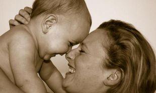 Μαμάδες, οι ακούραστοι άγγελοι της ζωής μας! Το συγκινητικό ποίημα αφιερωμένο σε αυτές!
