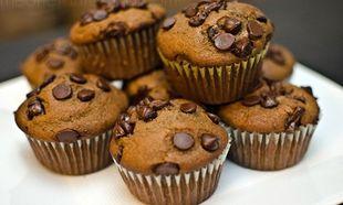 Συνταγή για τα πιο εύκολα σοκολατένια μάφινς