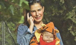 Κατερίνα Παπουτσάκη: Εξακολουθεί να θηλάζει τον 8 μηνών γιο της!