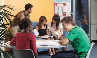 Ερευνα: Το 80 % των μαθητών Λυκείου στην Ελλάδα έχουν εξωσχολική εκπαιδευτική υποστήριξη