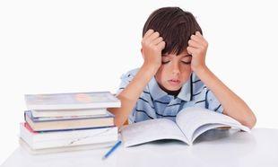 Η «πλάνη» των καλών βαθμών. Πρέπει τελικά να επιμένουμε τόσο πολύ και να πιέζουμε τα παιδιά μας;