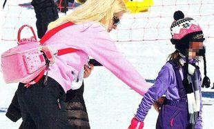 Ελένη Μενεγάκη: Χειμερινή απόδραση με τις κόρες της! (εικόνες)
