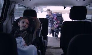«Πάντα στο πλευρό σου»! Το βίντεο ύμνος στις μαμάδες των παιδιών με ειδικές ανάγκες