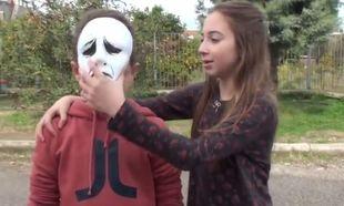 «Οι μάσκες πέφτουν». Η ενδοσχολική βία μέσα από τα μάτια μαθητών δημοτικού (βίντεο)