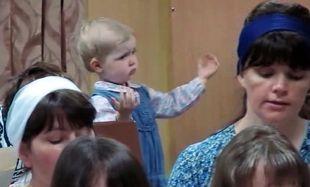 Αυτή η μικρή κυρία είναι ίσως η πιο συγκλονιστική μαέστρος που έχουμε δει ποτέ!