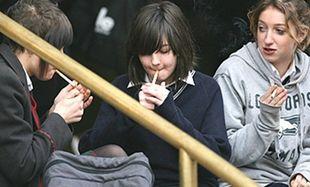 Σχολείο καθιέρωσε ώρα καπνίσματος για τους μαθητές!