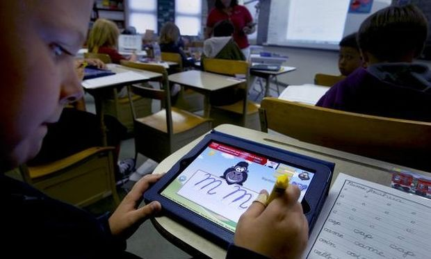 Ειδικές ταμπλέτες για τον χώρο της εκπαίδευσης θα είναι διαθέσιμες για το επόμενο σχολικό έτος