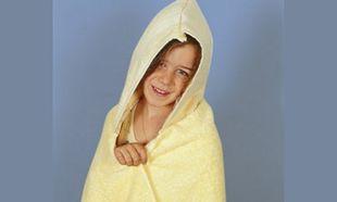 Φτιάχνουμε παιδικό μπουρνούζι από πετσέτες μπάνιου