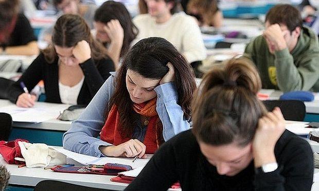 Υπουργείο Παιδείας:Τι (ξανά) αλλάζει στο σύστημα των πανελλαδικών εξετάσεων
