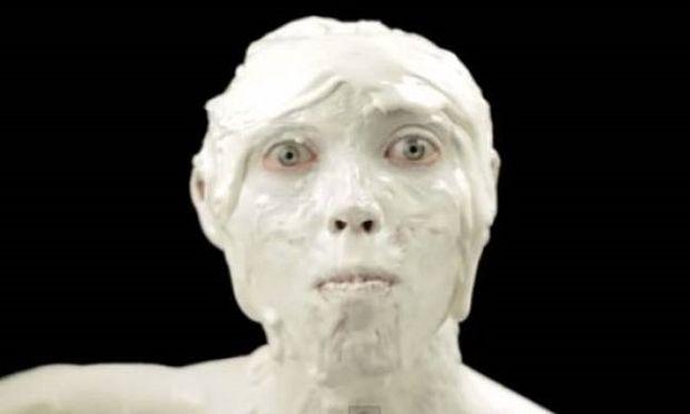 Η πιο τρομακτική διαφήμιση παγωτού που έχετε δει ποτέ! (βίντεο)