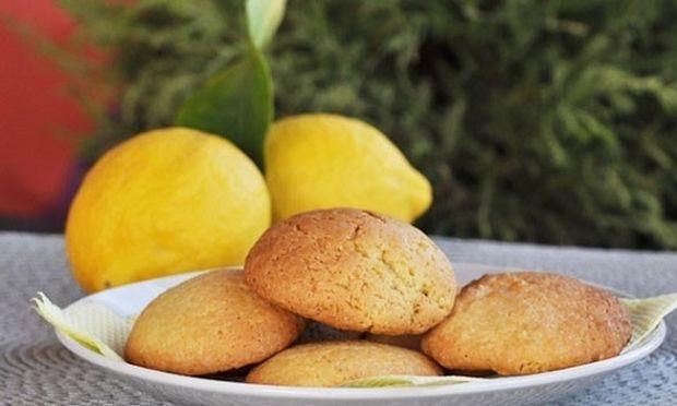 Συνταγή για μαλακά cookies λεμονιού!