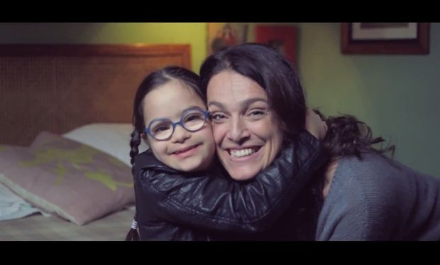 H απρόσμενη απάντηση - δώρο ζωής σε μία έγκυο που έμαθε πως το μωρό της έχει σύνδρομο Down (βίντεο)
