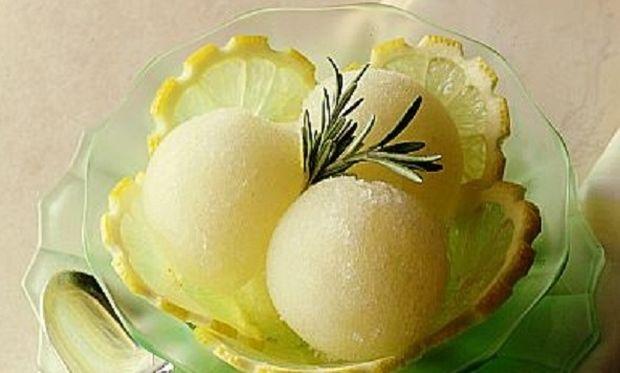 Συνταγή για πανεύκολο σορμπέ λεμόνι!