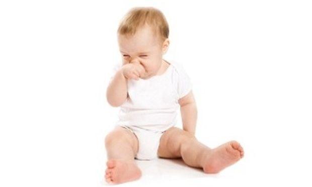 Είναι βουλωμένη η μύτη του μωρού μου.Τι να κάνω για το βοηθήσω;