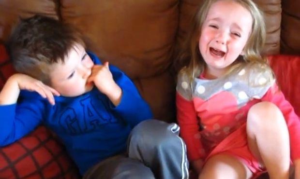 Κρίση ηλικίας! Κλείνει τα τέσσερα και πλάνταξε στο κλάμα (βίντεο)