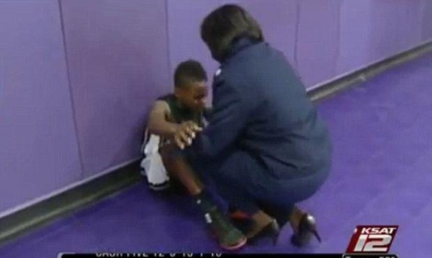 Η απίθανη έκπληξη μίας μητέρας στον γιο της έπειτα από 9 μήνες απουσίας της! (βίντεο)