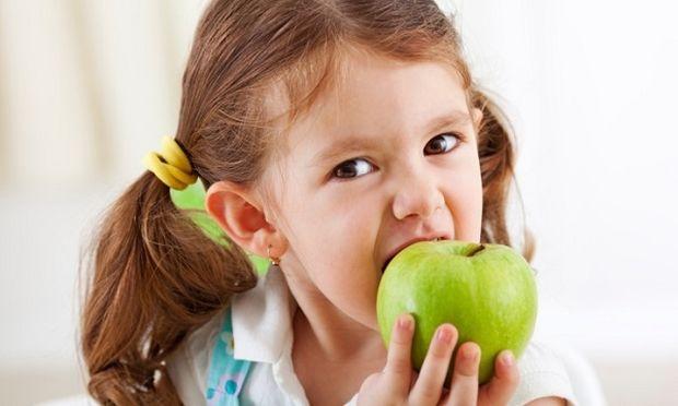 Αυτές είναι οι τροφές - ασπίδα για το ανοσοποιητικό σύστημα των παιδιών μας. Από τη διατροφολόγο Ευσταθία Παπαδά