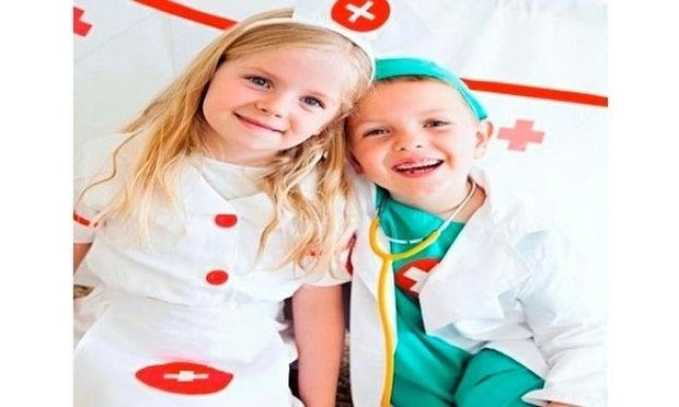 Τι πρέπει να γνωρίζουμε για το «παιχνίδι του γιατρού»; Συμβουλεύει η Αλεξάνδρα Καππάτου