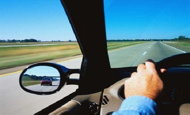 Προσοχή στην οδήγηση! Ένα βίντεο που πρέπει να δείτε πριν  το ταξίδι σας