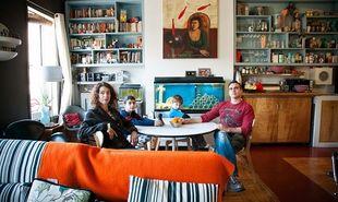 Τα τετραγωνικά δεν φέρνουν την ευτυχία! Οι ευτυχισμένες οικογένειες ζουν σε μικρά σπίτια! (εικόνες)