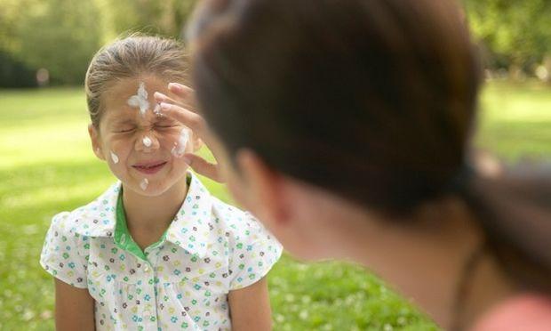 Πότε πρέπει να βάζω αντηλιακό στο παιδί μου;