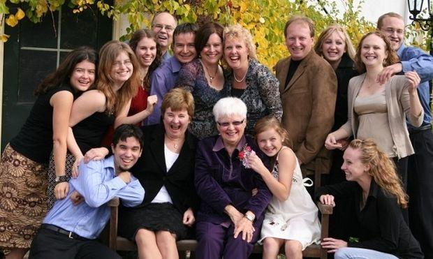 Τα σημάδια που μαρτυρούν πως μεγαλώσατε σε... ελληνική παραδοσιακή οικογένεια!
