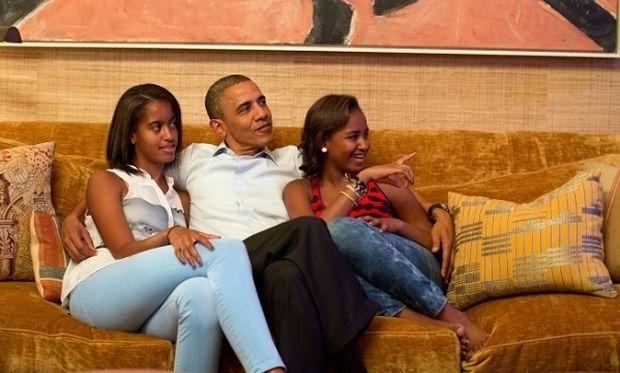 Λαχτάρησαν οι κόρες του Ομπάμα!
