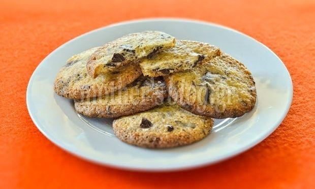Συνταγή για τα καλύτερα μπισκότα με κομμάτια σοκολάτας από τον Γιώργο Γεράρδο