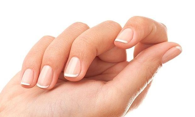 Σπάνε τα νύχια σας; Αυτό είναι το μυστικό!