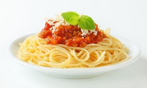 Συνταγή για μεσογειακή μακαρονάδα σε 15 λεπτά!