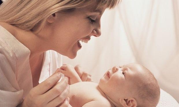 «Μα τι προσπαθείς να πεις;» Αποκωδικοποιήστε τη «γλώσσα» των μωρών με την μέθοδο Dunstan