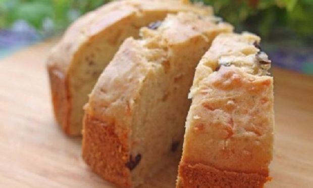 Συνταγή για υπέροχη και αφράτη τυρόπιτα-κέικ!