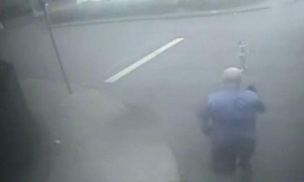 Η ιστορία του 2χρονου αγοριού που χρωστάει τη ζωή του σε έναν οδηγό λεωφορείου! (βίντεο)