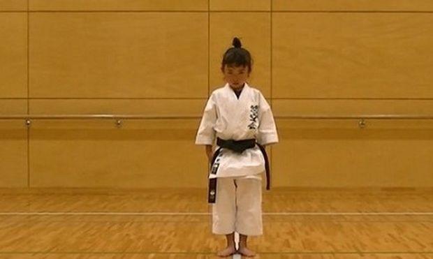 Με αυτήν την 7χρονη σίγουρα δε θα θέλατε να τα βάλετε! (βίντεο)