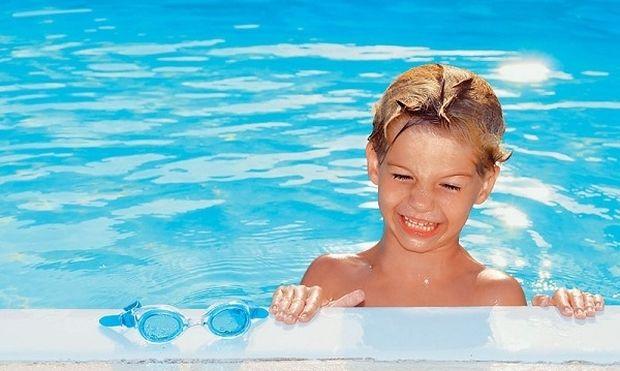 Παιδί και πισίνα. Τι πρέπει να προσέξετε;