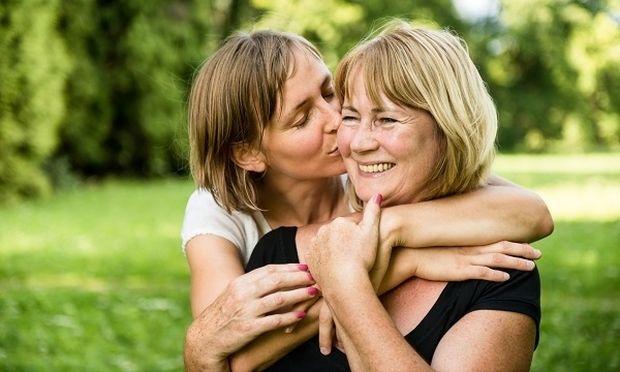 «Για τη μαμά μου». Μία αναγνώστρια του Mothersblog, μοιράζεται μαζί μας ένα τρυφερό κείμενο για τη μητέρα της
