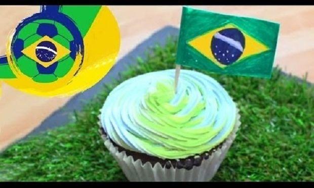 Φτιάχνουμε λαχταριστά cupcakes-«Μουντιάλ» με θέμα την Βραζιλία! (βίντεο)