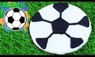 Φτιάχνουμε μπάλα «Μουντιάλ» από πλαστελίνη! (βίντεο)