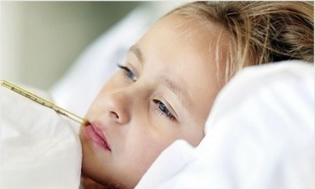 Ολα όσα πρέπει να γνωρίζουμε για τους πυρετικούς σπασμούς. Από την παιδίατρο Μαριαλένα Κυριακάκου