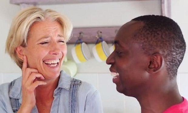Η ηθοποιός Έμμα Τόμσον και ο γιος της Tindy μιλάνε για πρώτη φορά στην κάμερα για την οικογένειά τους (βίντεο)