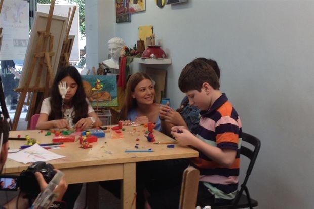 Στο ολοκαίνουριο επεισόδιο του Just Kidding: Εσείς ξέρατε ότι τα παιδιά μπορούν να φτιάξουν ταινία animation με πλαστελίνη;