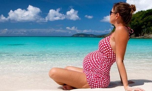 Εγκυμοσύνη το καλοκαίρι! Ένας οδηγός επιβίωσης για να νικήσετε την ζέστη