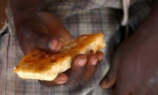 ΟΗΕ: Αναγκάστηκαν να μειώσουν τις μερίδες τροφής που χορηγούν στα παιδιά της Αφρικής λόγω έλλειψης πόρων!
